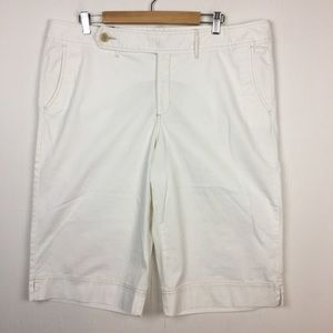 New Eddie Bauer Vashon Fit White Capris 18 Tall